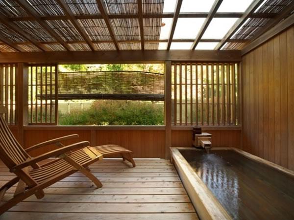 全室に専用の露天風呂のある甲斐の隠れ宿 真木温泉