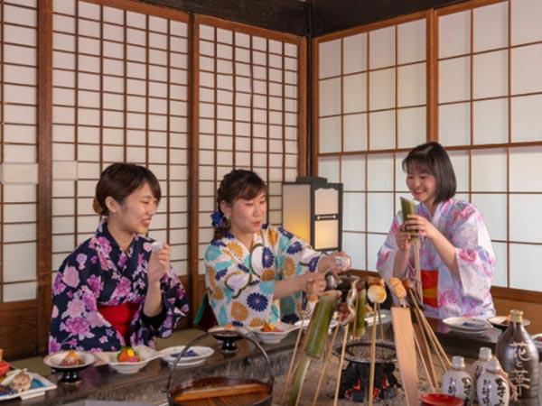 湯西川温泉 彩り湯かしき 花と華