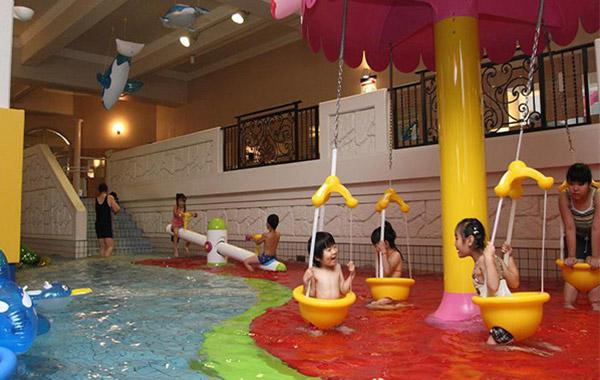 全国 プールもある温泉 子供の遊び場・お出かけス …