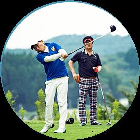男性複数旅 ゴルフ、スキー、スノボなど、懐かしい仲間とスポーツも楽しむ